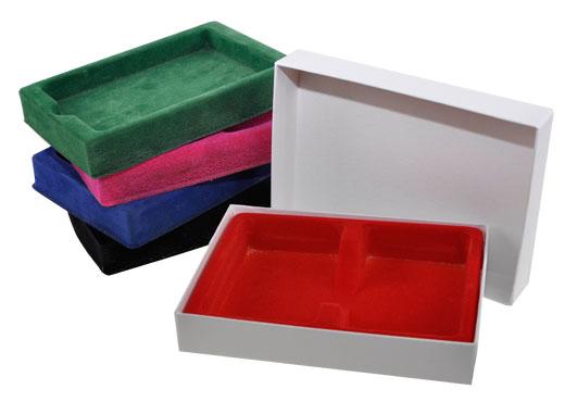 kartonnen-doosje-met-alle-kleuren-voering1