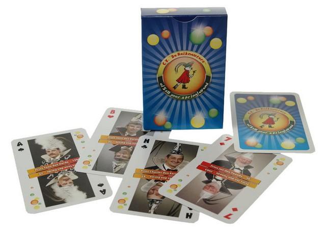 Ontwerp van aangepaste versies speelkaarten for Eigen moestuin ontwerpen en aanleggen